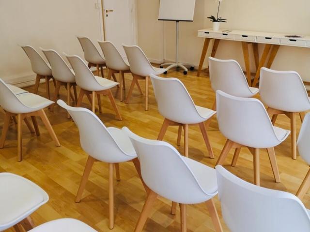 Salle de réunion - conférence - Centre d'affaires Beausoleil - Ascot Domiciliation & Coworking - Monaco - Menton - Beausoleil