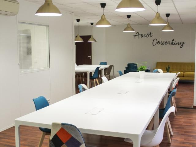 Coin canapé -Espace de coworking Beausoleil - Centre d'affaires Ascot Domiciliation & Coworking